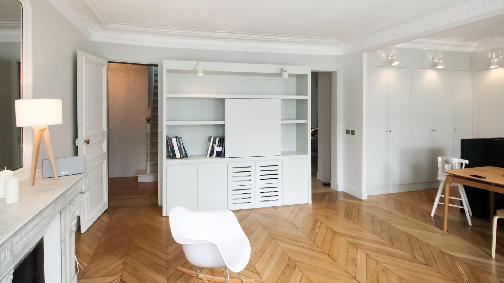 bibliotheque-salon-duplex-rue-nollet
