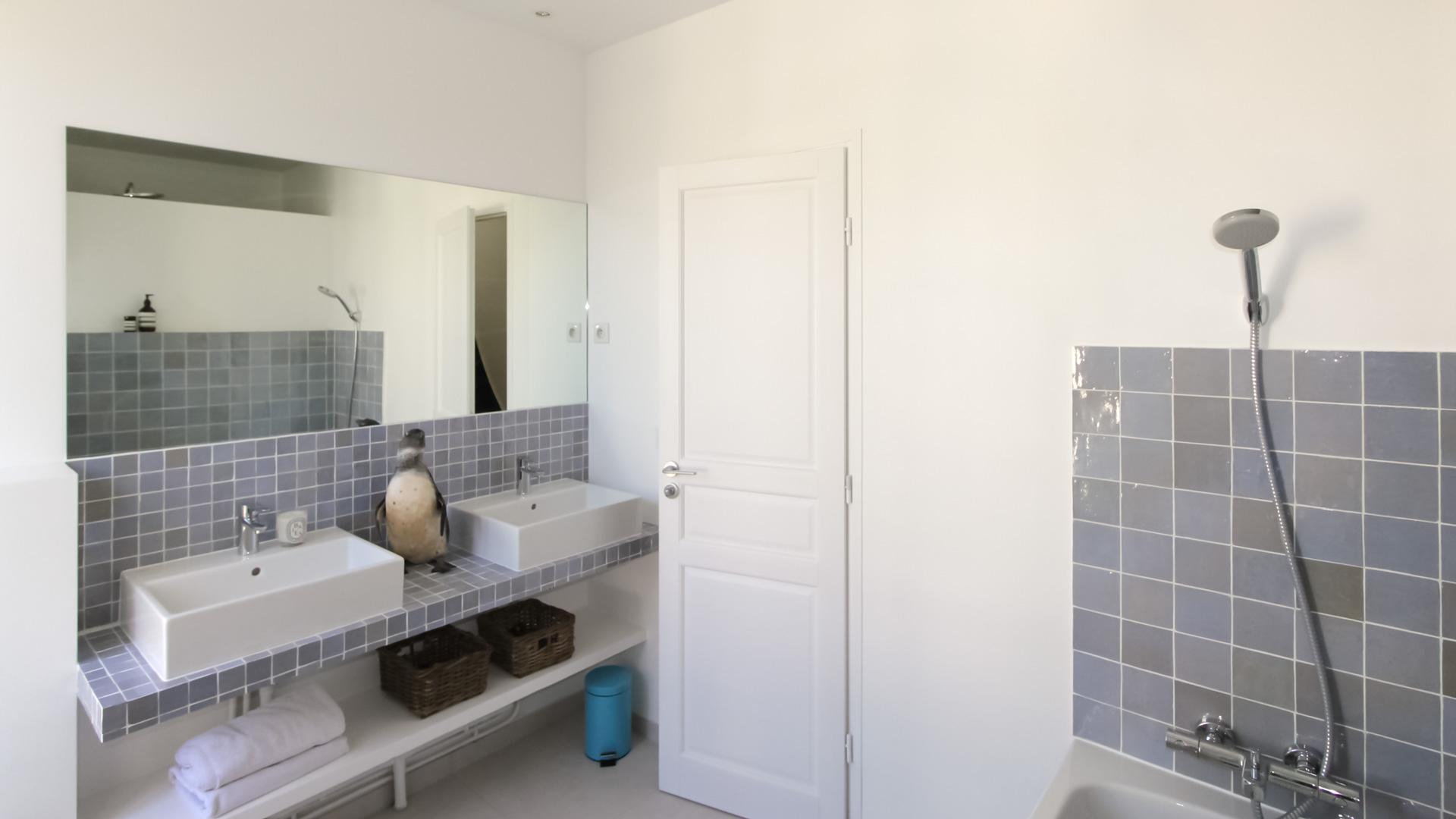Maison fontenay sous bois julie delacommune - Salle de bains enfants ...