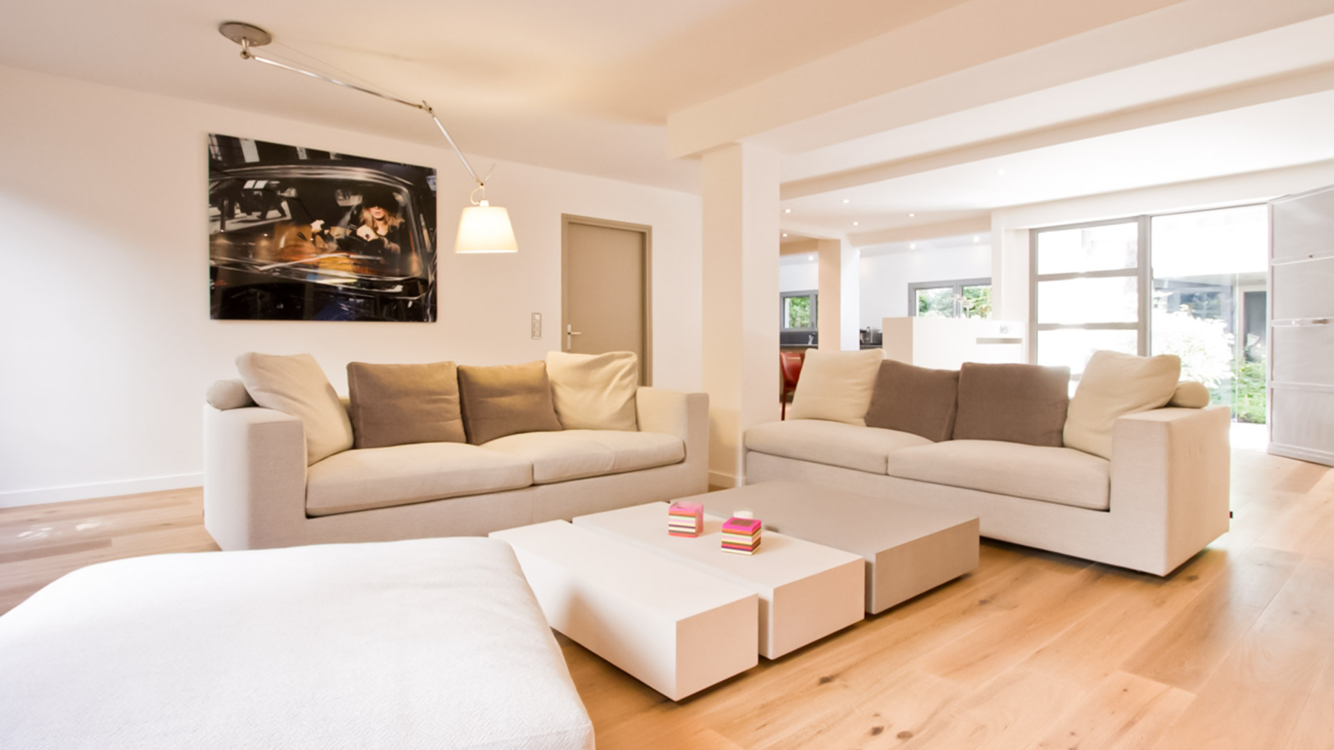 Loft 150m2 rue vieille du temple julie delacommune for Salon esprit meuble